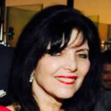 Lynne Lechter